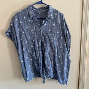 Old Navy canvas button down tee